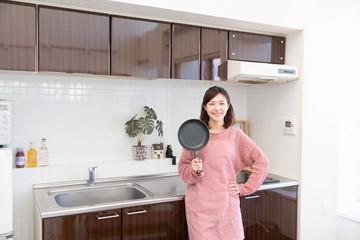 ガスコンロで使用していた鍋やフライパンなどがIHでは使えないことがあります。
